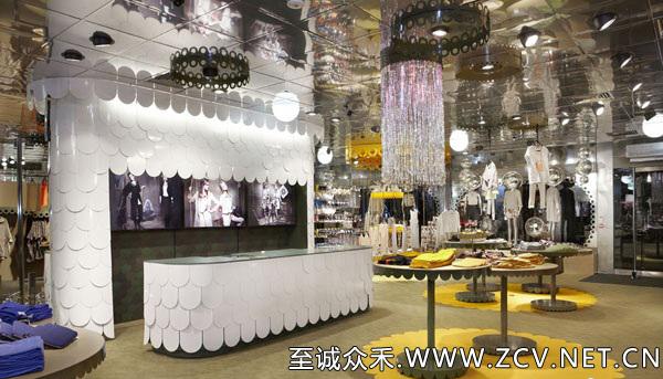 昆明装修公司打造高档品牌女装店面装修 色彩绚丽档次凸显; 昆明装修
