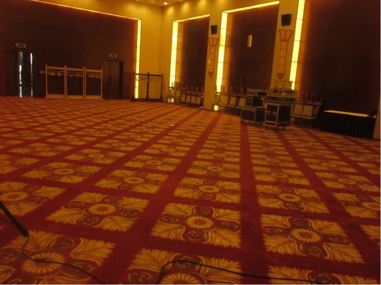 发布会在梅兰芳大剧院3楼,这是整个大厅